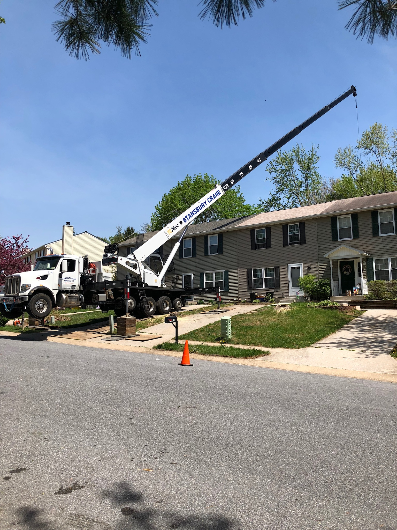 Crane Service | Stansbury Tree and Crane Service
